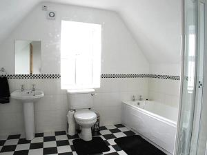 Salle de bains en Nancy's Cottage